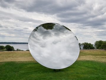 Anish Kapoor, Sky Mirror (2018)